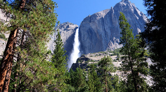 BUSY WEEKEND EXPECTED IN YOSEMITE