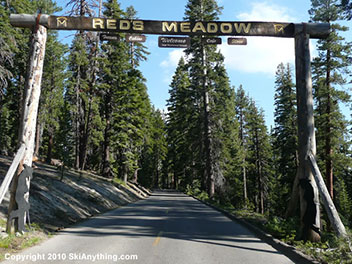 732010-reds-meadow-entrance