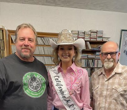 California's High School Rodeo Queen Visits Bishop